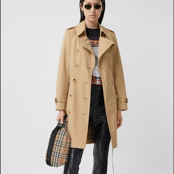 Burberry mid length Chelsea heritage trench coat